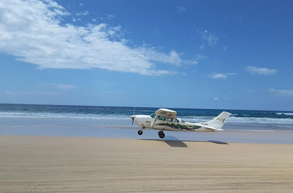 scenic-flights-fraser-island